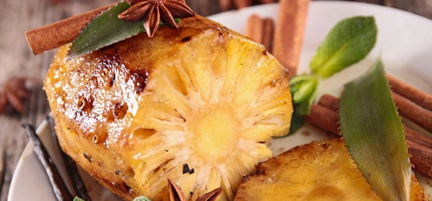 actu-1 Ananas rôti au rhum arrangé